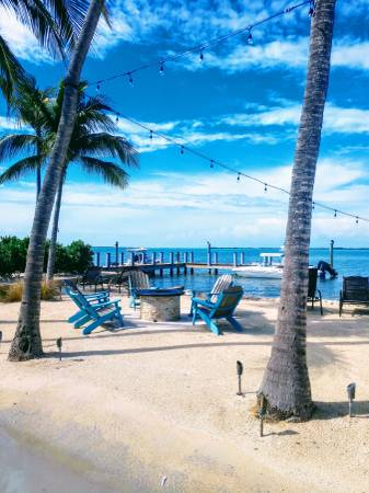 Photo Clean 2br 36ft RV in beautiful RV Resort on the water Nov. 1 - Dec 15 (Key Largo)