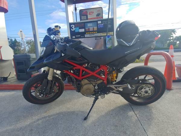 Photo Ducati Hypermotard 1100s 2008 - Clean - $7,000 (hollywood)