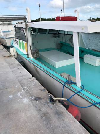 Photo Fiberglass Boat for Sale 39Ft 1989 - $399,000 (Key West)