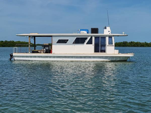Photo Houseboat 42 Gibson..not a dealer ad - $15,000 (Key West)