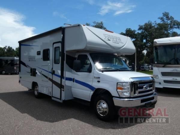 Photo Motor Home Class C 2022 Coachmen RV Cross Trail XL 22XG - $102,651