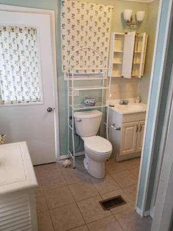 Photo Nicely Furnished room with private bath  pool (Key West)