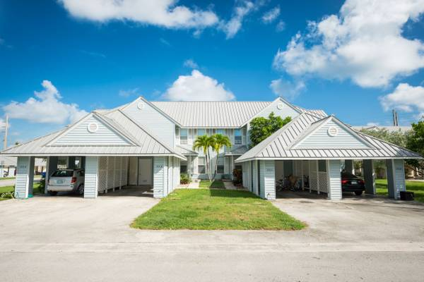 Photo Peary Court Apartments, 2 bed1.5 bath, Garage  Patio, Key West (Key West, Old Town)