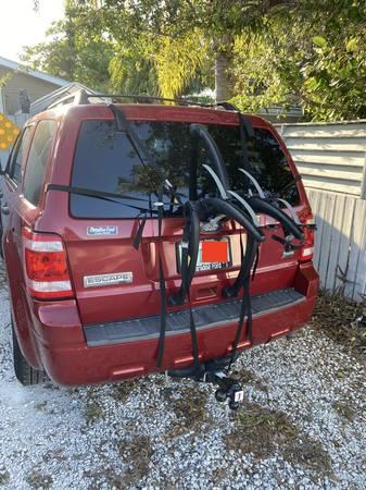 Photo Saris 2 Bike Rack for SUV - $60 (Big Coppitt)