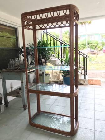 Photo Tall wicker shelf w 4 glass shelves - $50 (Marathon)