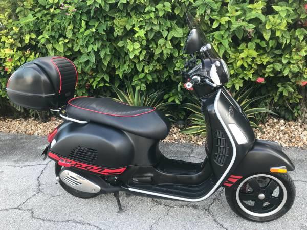Photo Vespa GTS 300 Super Sport SE only $5499 - $5,499 (Key west)