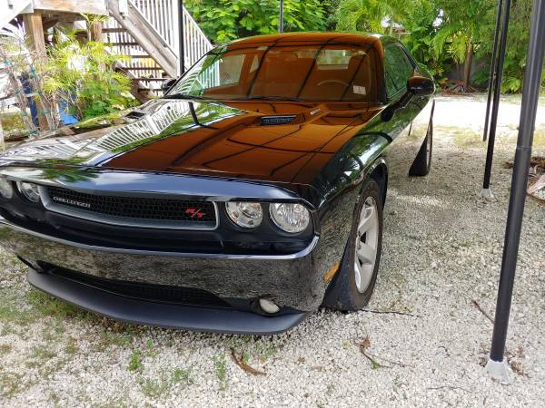 Photo WHOLESALE Dodge Challenger RT Hemi 2012 1 Owner Immaculate - $16,300 (Summerland Key)