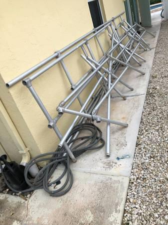 Photo alum Pipe balconey and stair rails - $200 (Marathon)