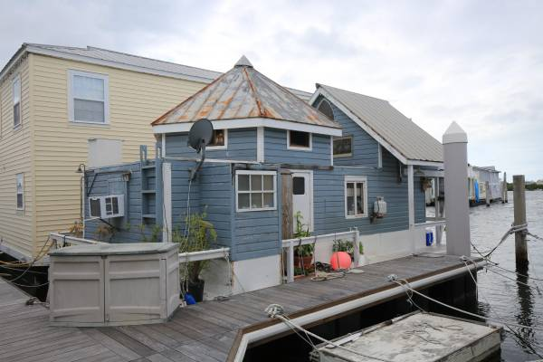 Photo houseboat for sale - $219,500 (Key West)