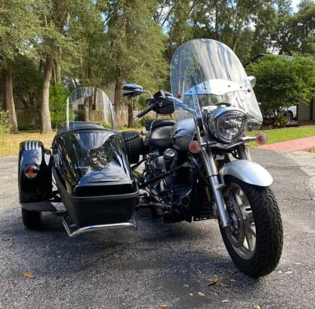 Photo motorcycle and sidecar with only 473 miles - $9,200 (Cocoa)