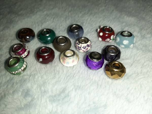 Photo 14 different unique Murano glass beads - $20 (Killeen)