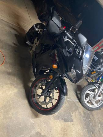 Photo 2013 Honda CBR 500 - $3,200 (Pearsall)