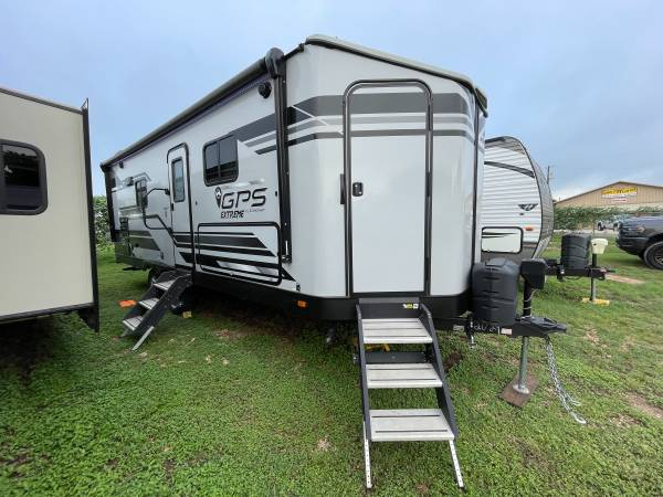 Photo 2018 Starcraft GPS 230MLD Travel Trailer Off-road Cer with Patio - $28,500 (Belton)