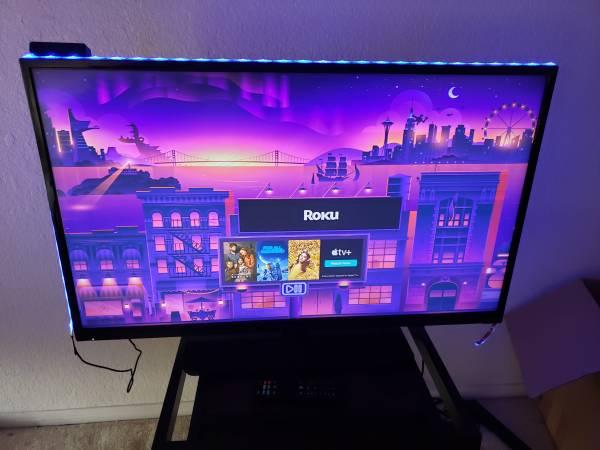 Photo 32 inch flat screen smart tv - $150 (Killeen)