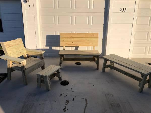 Photo Handmade pressure treated outdoor furniture - $375 (Killeen)