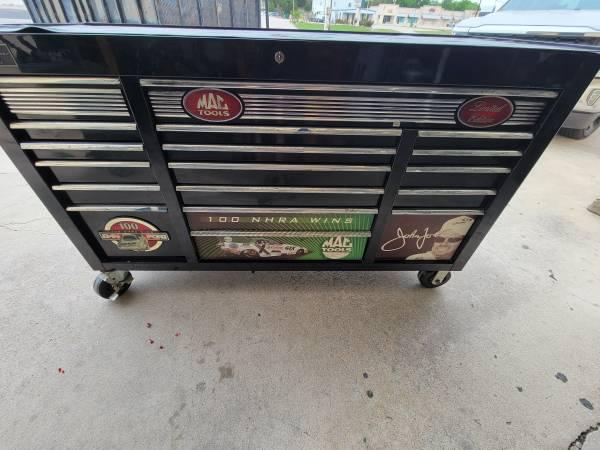 Photo John force mac toolbox 21of 400 - $2,800 (Harker heights)