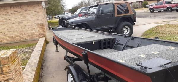 Photo Jon Boat to Bass boat - $3,000 (Copperas Cove)