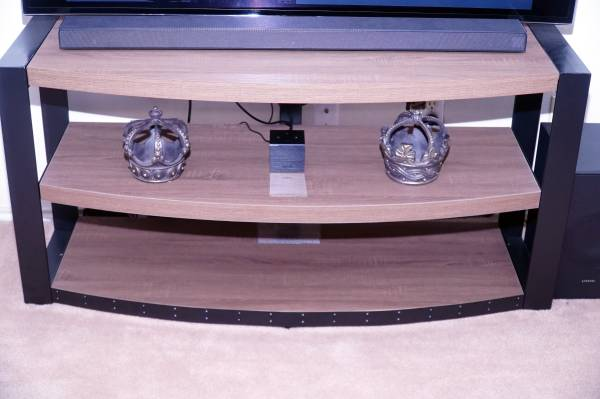 Photo New Extra Large, Extra Tall, Extra Wide Tv Stand and Component Stand - $500 (Killeen)