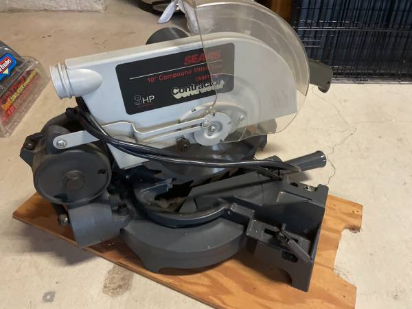 Photo Sears Craftsman 10 Compound Miter Saw - $50 (Belton)