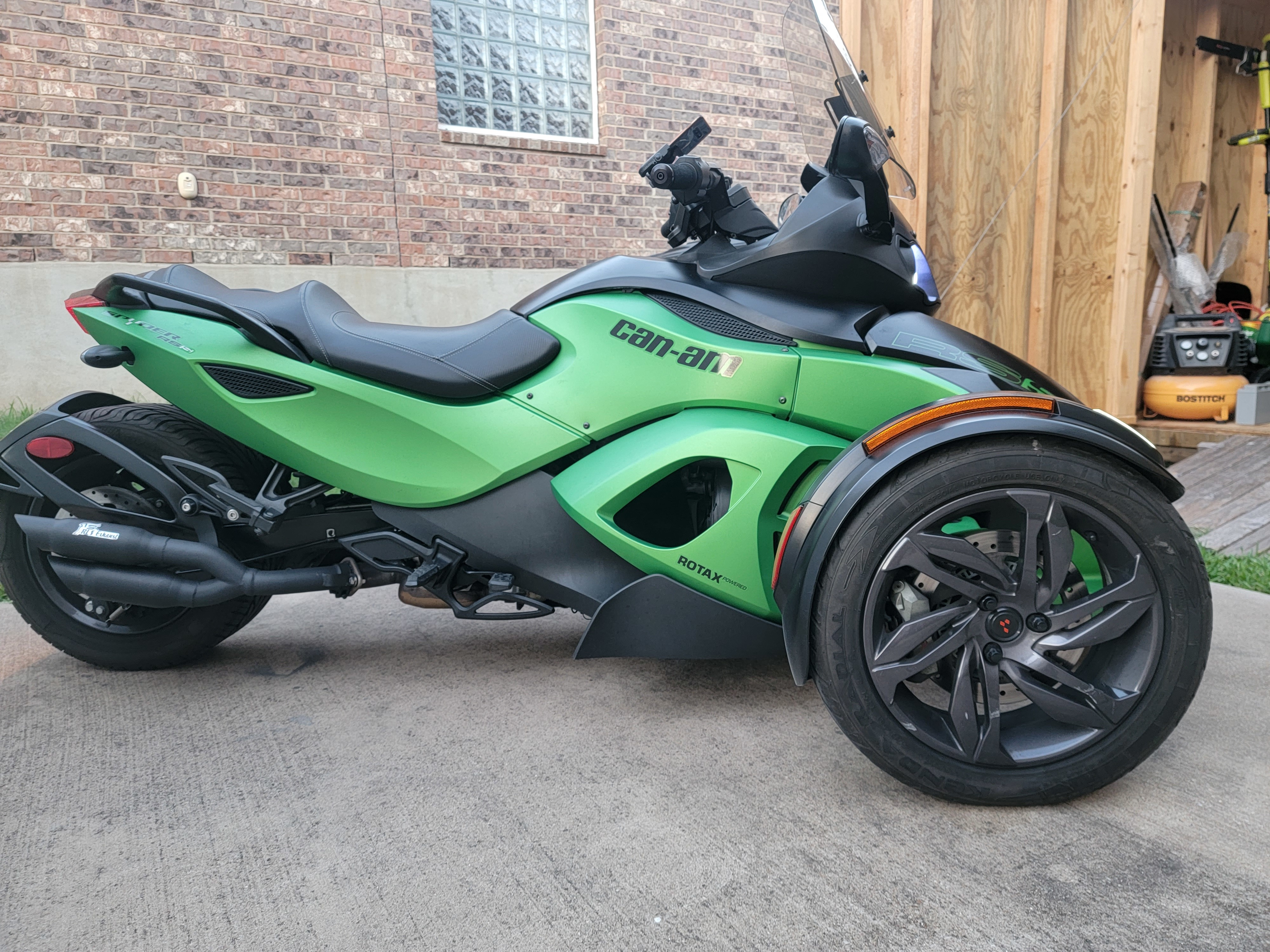Photo Used 2013 Can-Am Trike Motorcycle  $9500