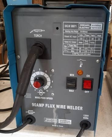 Photo chicago electric 90  welder - $75