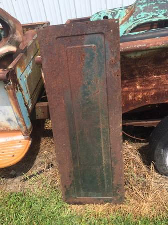 Photo 1955 -1959 CHEVROLET 3100 SERIES PICKUP TRUCK BED FRONT PANEL CHEVY - $55 (Houstonia)