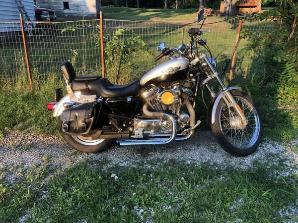 Photo 2003 Harley Davidson Sportster 1200 - $4,500 (Des Moines)