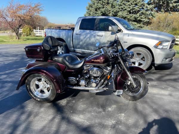 Photo 2007 Harley Davidson Road King Trike - $13,500 (Winterset Iowa)