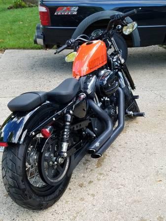 Photo 2012 Harley Davidson 1200 Sportster 48 - $6,800 (Ankeny)