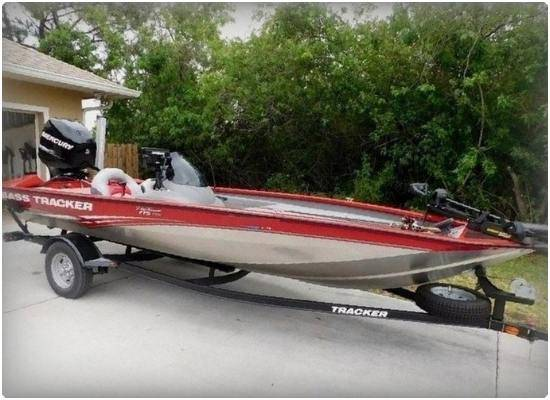 Photo 2015 Bass Tracker PRO BOAT NOT PERFECT BUT IN PRETTY GOOD - $1,600