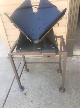 Photo Paper Jogger on Stand - $75 (Lake of the Ozarks)