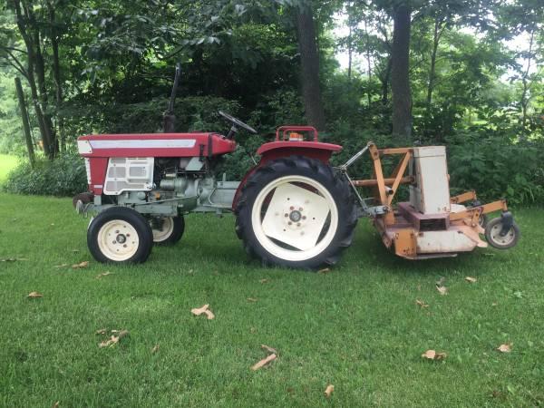 Photo Yanmar Food Plot or Garden Tractor with Woods finishing mower - $4,900 (Leonard)