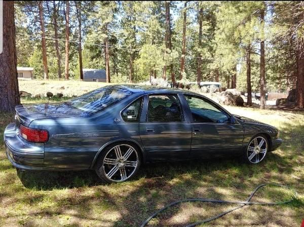 Photo 1995 Chevy Impala SS - $20,000 (Klamath Falls, OR)