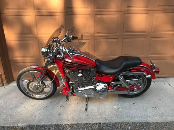 Photo 2008 Harley Davidson, DYNA CVO SCREAMING EAGLE 110ci - $11,750 (La Pine, Oregon)