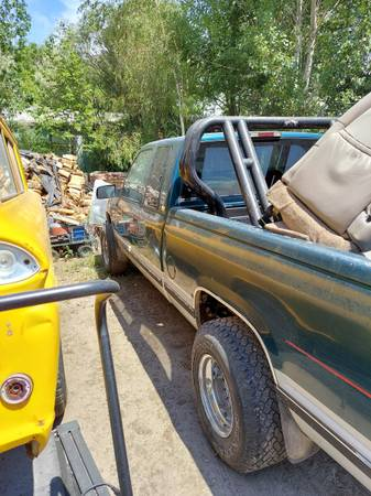 Photo 95 chevy 2500 - $3,200 (Lakeview)