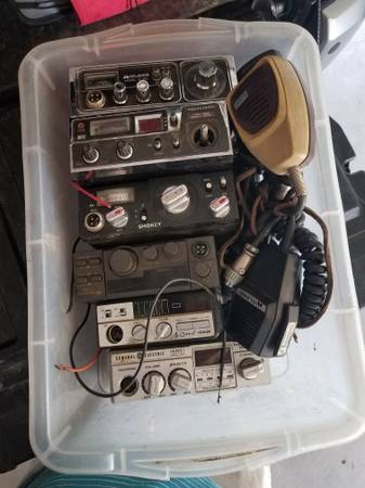 Photo CB RADIOS (LOT OF 6) - $50 (Klamath Falls)