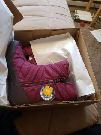 Photo Columbia winter boots women39s size 10 - $60 (Bend)