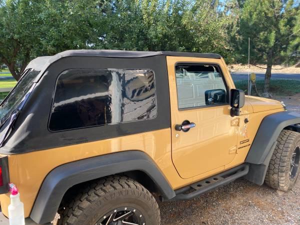 Photo Frameless Trail Top for 07-18 Jeep Wrangler JK 2-Door - $125 (Keno)