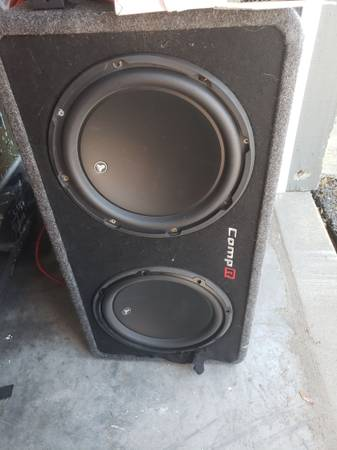 Photo JL audio w3 12s - $200 (Klamath Falls)