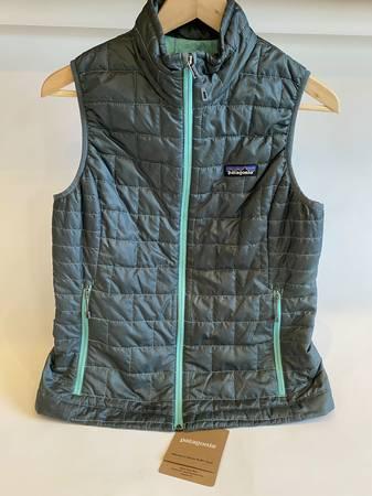 Photo Patagonia Womens Nano Puff Vest, Size S - $75 (Bend, Near Costco)