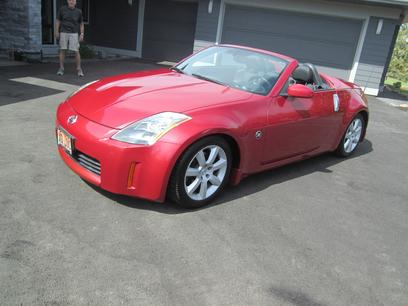 Photo Used 2004 Nissan 350Z Roadster for sale