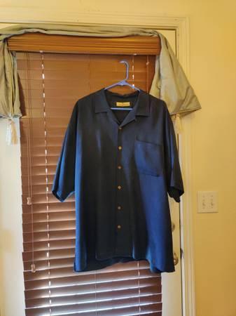 Photo Vintage Tommy Bahama Silk Short Sleeved Shirts - $75 (Talent)