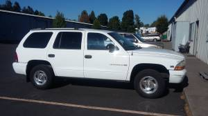 Photo WANTED Dodge Durango 97-99 Project don39t care about the body or inter - $300 (Klamath Falls)