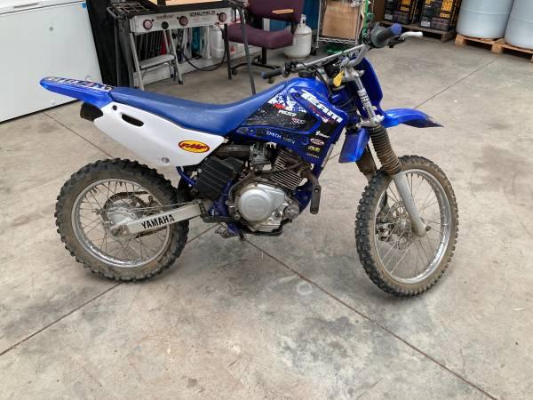 Photo Yamaha Dirt bike - $2,300 (Bend)
