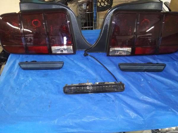 Photo 05-09 Mustang Smoked Tailights,3rd Brake,Rear Side Markers LED - $125 (Kodak)