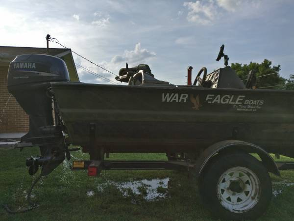 Photo 1639 WAR EAGLE 95 with extras - $8,250 (newport)