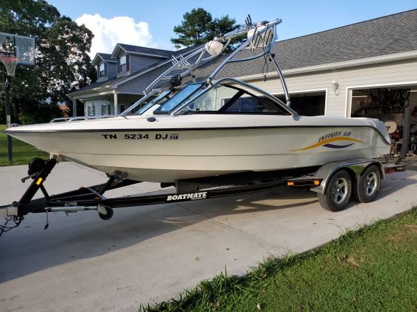 Photo 2003 infinity air wakeboard boat - $25,000 (Oakdale)