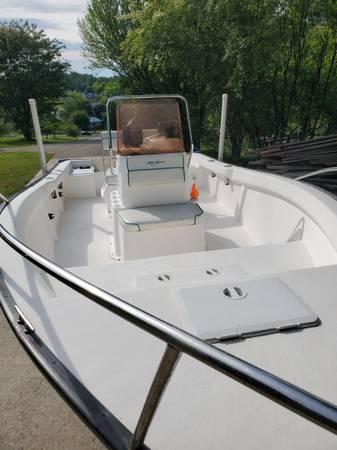 Photo 2007 18 foot center console boat 90 yamaha 4 stroke - $13,500 (Loudon)