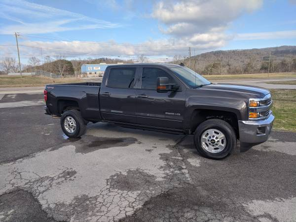 Photo 2015 Chevrolet Silverado 2500HD Crewcab, LT, 4X4, 6.0 V8, Auto, power - $28995 (Mascot)
