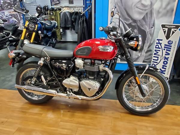 Photo 2020 Triumph Bonneville T100 Cranberry Red (975989) - $10,700 (Clinton Hwy Knoxville)